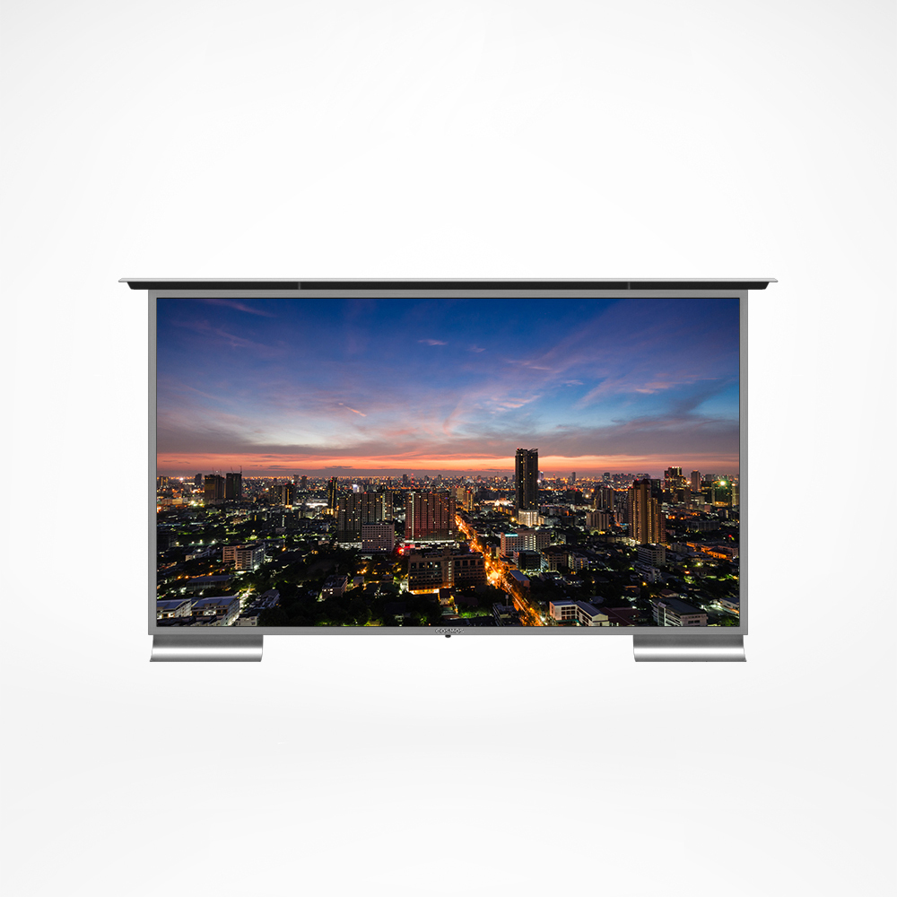 This outdoor TV has a stainless steel case and this makes the TV very strong, durable, and well protected.